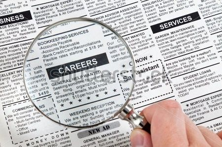 what are the advantages and disadvantages of the newspaper