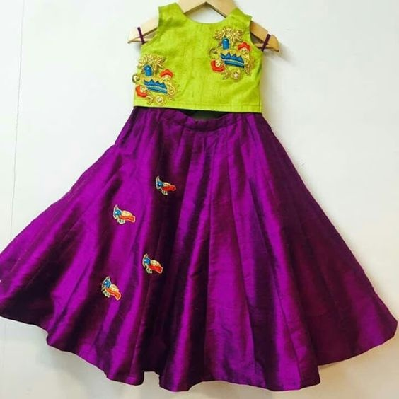 Which Colour Top Matches A Purple Skirt