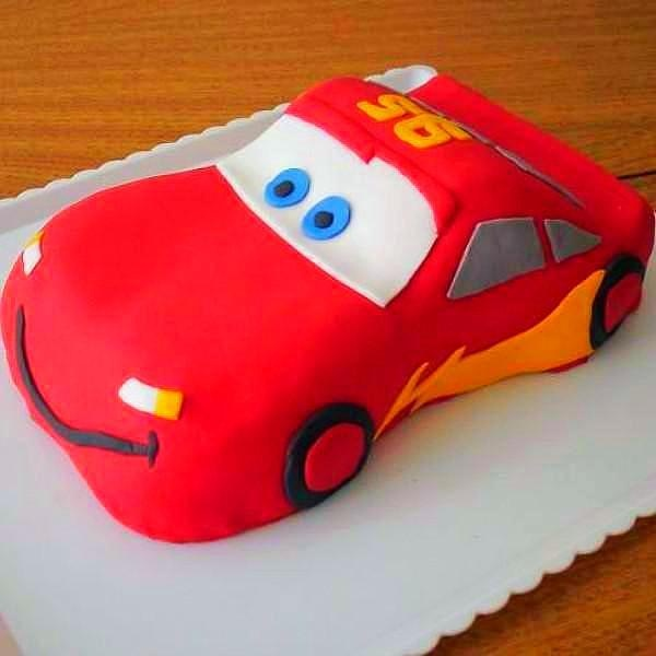 Here Are The Pics Of Their Birthday Car Theme Cakes