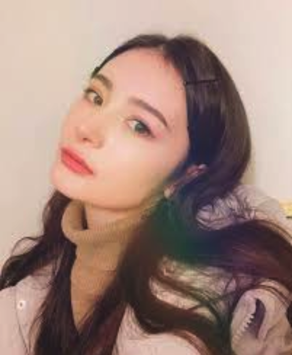 What are your thoughts on the first Russian Kpop idol 'Lana