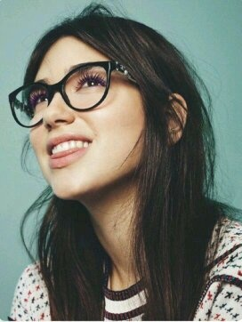 Why is Dua Lipa so perfect to the human eye? - Quora