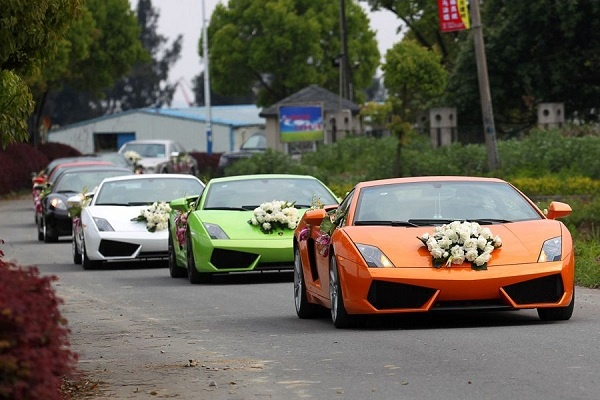 How to Choose the Best Wedding Car Classic