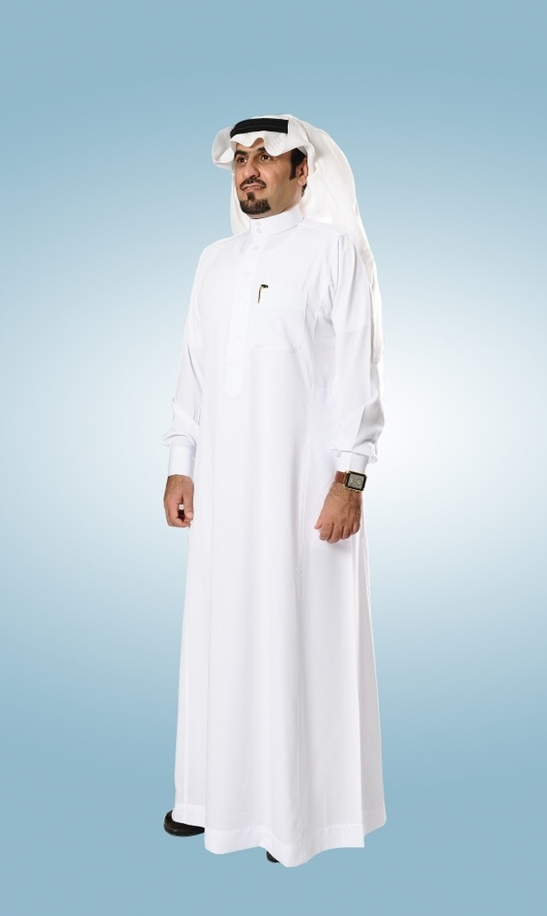 When Do Arab Men Wear White Robes Is It Ordinary Or Formal Outfit