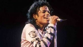 Did Michael Jackson write his own songs? - Quora