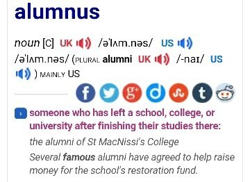 how to use alumnus in a sentence