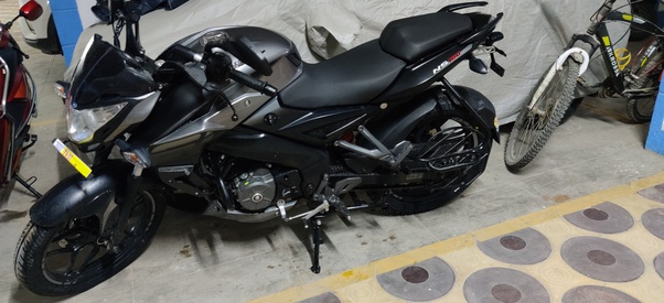 Should I Buy A Pulsar Ns160 Bs6 In 2020 Quora