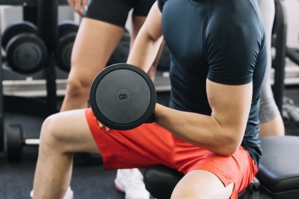 c6fee3f1 What should Men wear during workout in GYM? - Quora