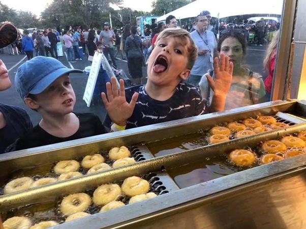 mini donut food truck