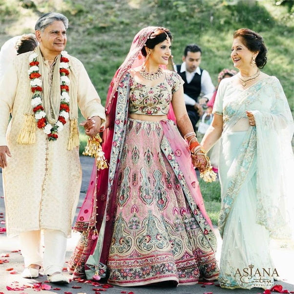 Where Can I Buy A Nice Wedding Lehenga In Delhi For No More
