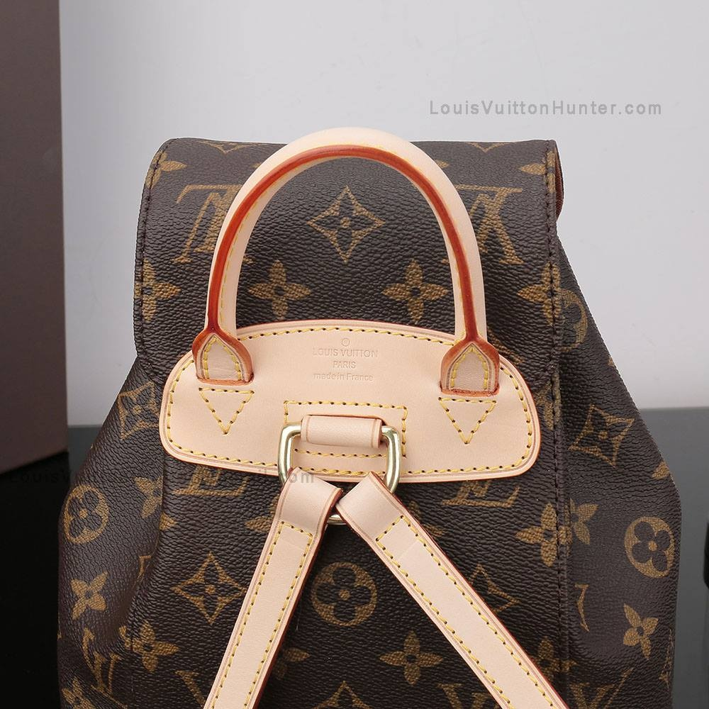 58a50ac2ce ... high profile celebs and fashion influencers. The style of the purse is  sophisticated and elegant