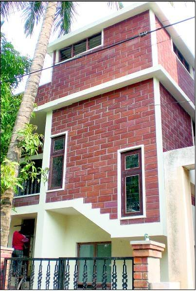 Does eco friendly houses constructed with terracotta for Brick home construction costs