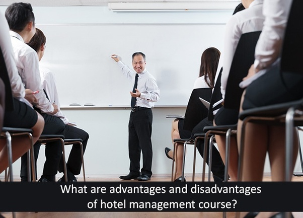 advantages of hotel industry