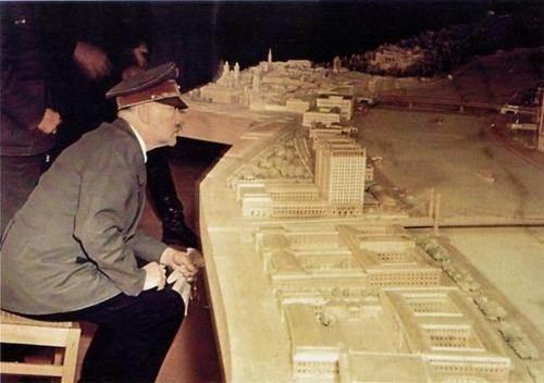 如果纳粹德国赢得第二次世界大战,阿道夫·希特勒将走过一条什么样的道路?
