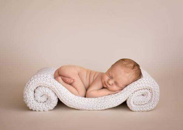 Take Newborn Portraits