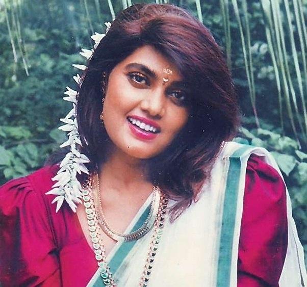 Malayalam actress ranjini hot unseen boobs squeezed - 4 7