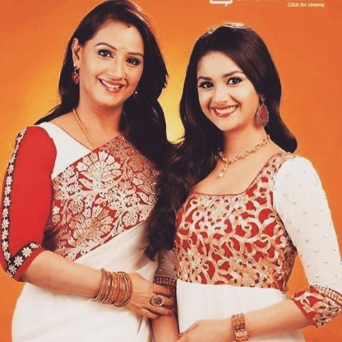 who is the mother of tamil actress keerthi suresh quora