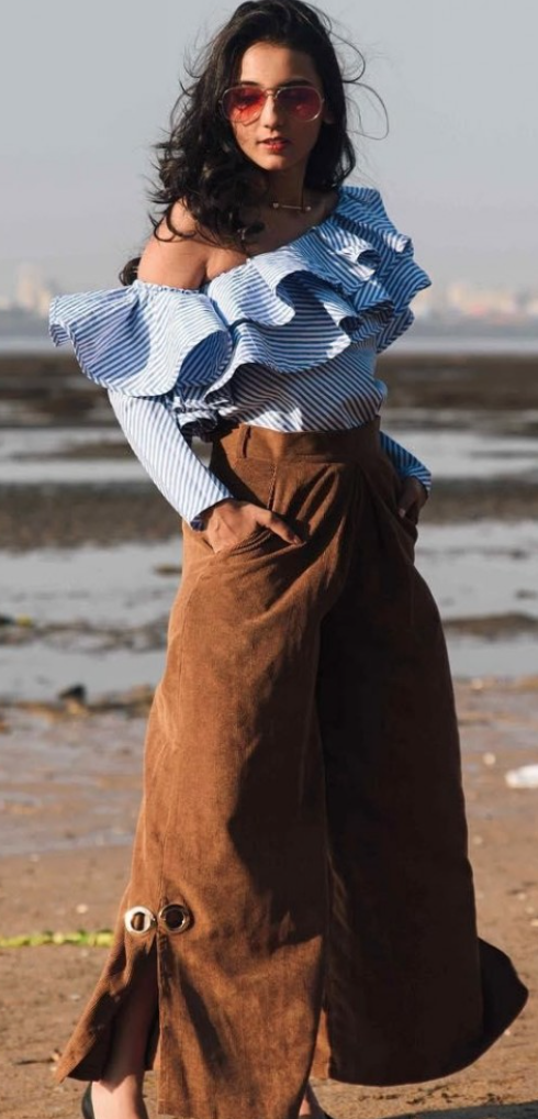 What Color Goes With Dark Brown Pants Quora