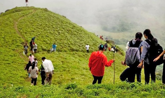 Which are the best places to visit in India during this