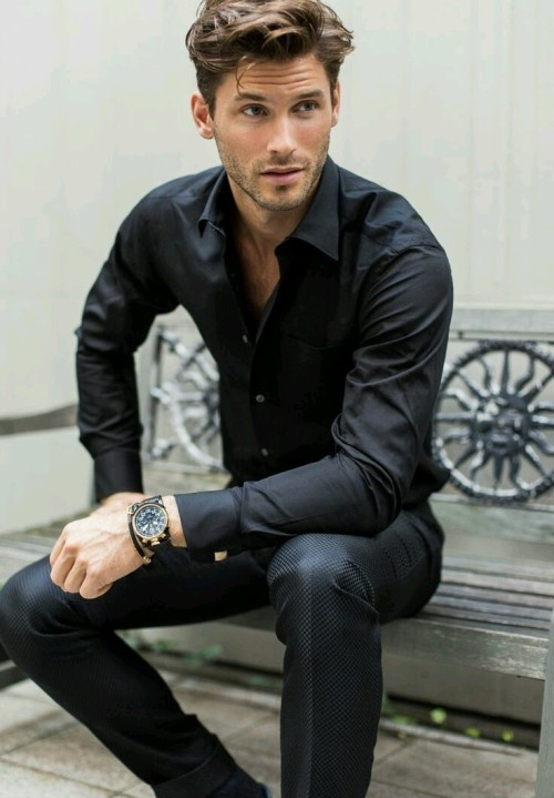 a806538ca4 To break the monotony when wearing black pants with black dress shirt