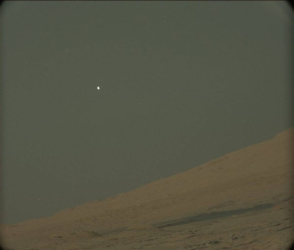 What do Deimos and Phobos look like from Mars? - Quora