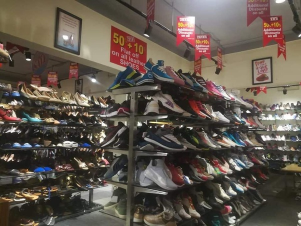 48344f481ed Where can I get cheap clothes and shoes of all top brands (Puma ...