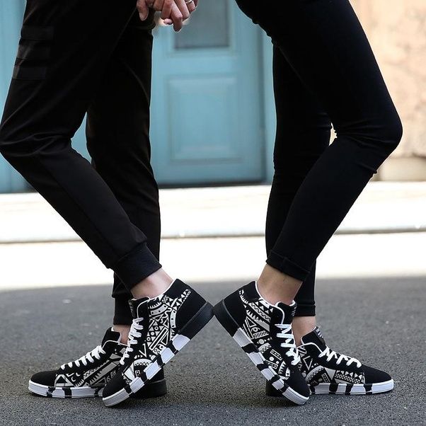 d92230b568 What are the best online shopping sites for buying footwears? - Quora