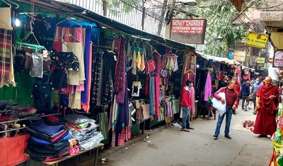 What is the biggest cloth market in India? - Quora