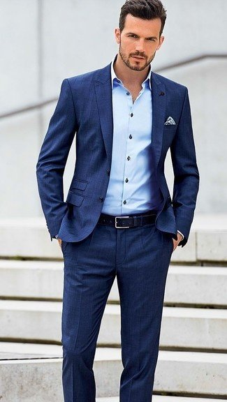 And If You Are Wearing Formal Trousers Then Go With Same Colored Blazer