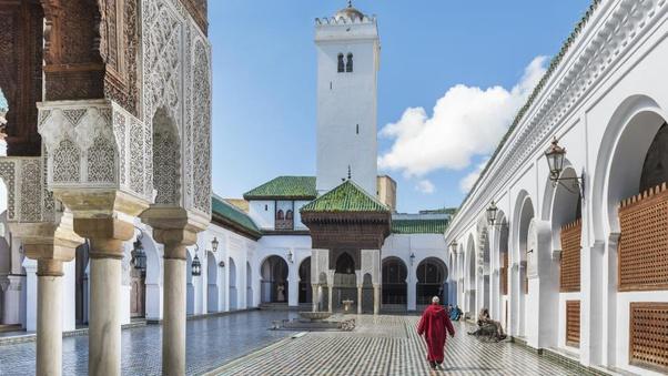 universitas islam di timur tengah
