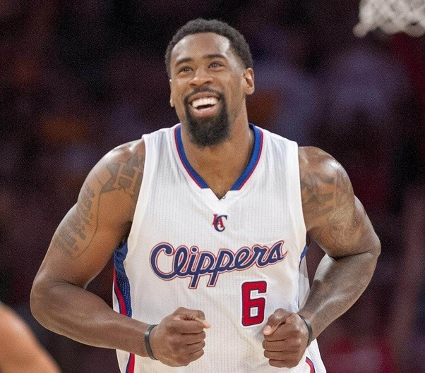Standing At A Height Of 6 Feet 11 Inches DeAndre Jordan Has No Ball Handling Abilities Shooting To Drive The Rim