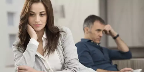 should you tell a woman her husband is cheating