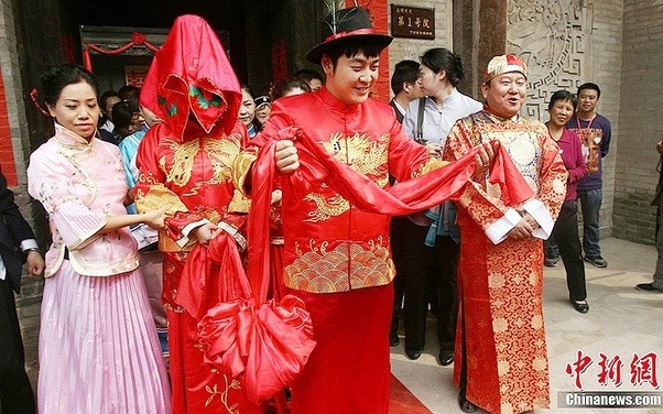 Marriage traditions in china