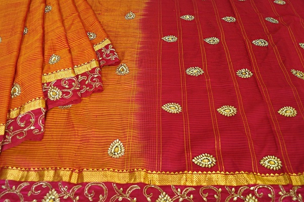 For It To Be Classified As A Kanjeevaram Sari Geographical Indication GI Stricture Stipulates That The Decorative Zari Must Have At Least 57 Silver And