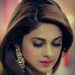 What are facts about Jennifer Winget's character in ...