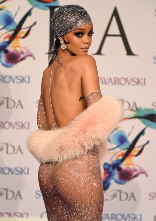 Paris hilton upskirt panties - Porn clips