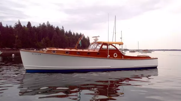 What's the difference between a downeast and a trawler-style recreational power boat? - Quora