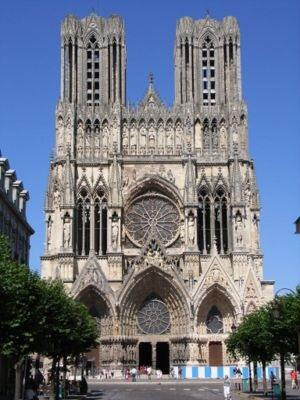 How And Why Did Gothic Architecture Replace Romanesque