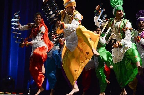 which is the best punjabi bhangra song to dance quora