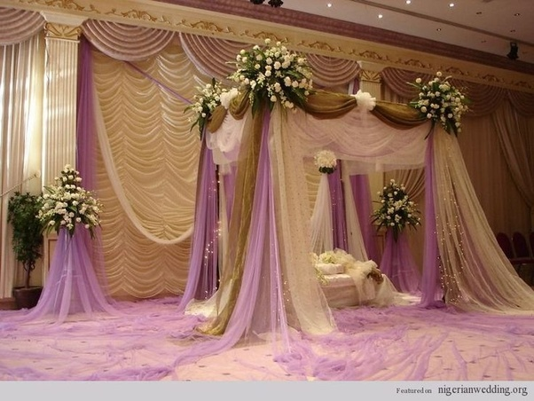 Elegance This Trouble Free And Minimalistic Stage Decoration Idea Makes The Perfect Of Flowers Available In Tricolors Design Is Best For S Who
