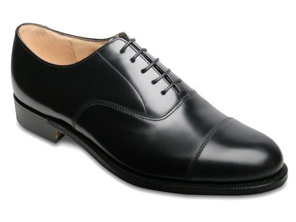 Shoes: What's the difference between brogues and oxfords ...