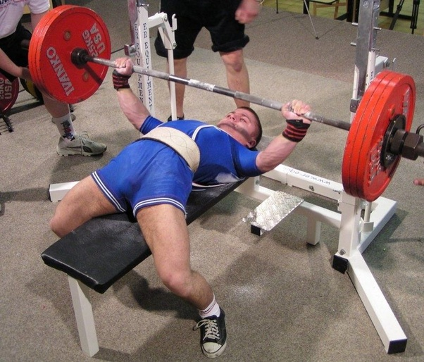 What's the average weight for a male and female bench press? - Quora