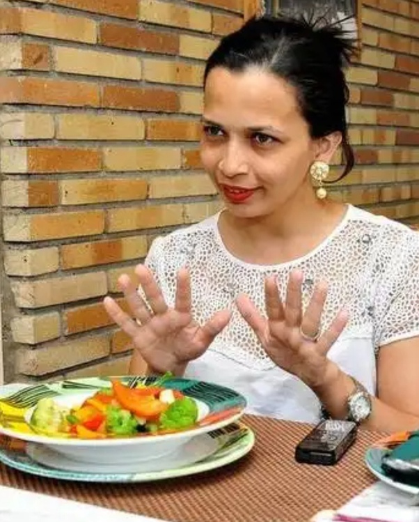 How Much Does Rujuta Diwekar S Diet Actually Work Quora The renowned nutrition and wellness expert rujuta diwekar. how much does rujuta diwekar s diet