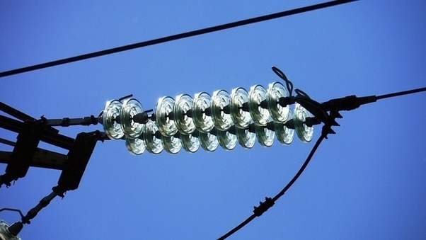 What 39 s a glass telephone pole insulator how does it look for Glass power line insulators