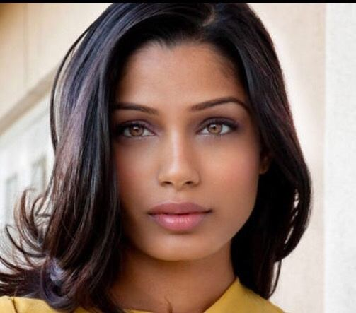 What eye colour's go well with black hair? - Quora  What eye colour...
