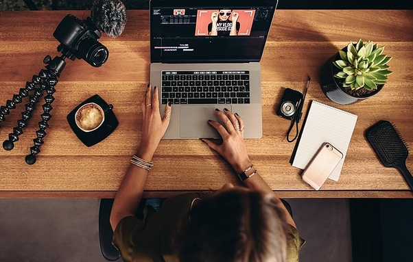 Which is better way to learn photo and video editing, online or