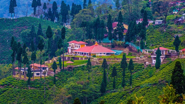 I am planning a trip to Darjeeling and Sikkim for 4-5 days along ...