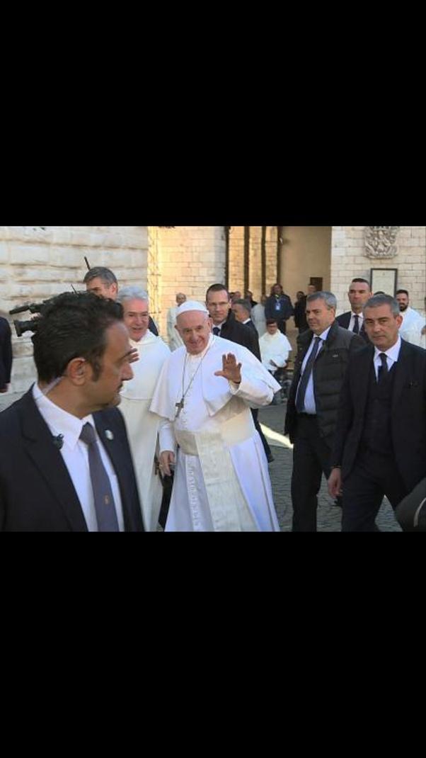 A Quanto Ammonta Lo Stipendio Mensile Del Papa Quora