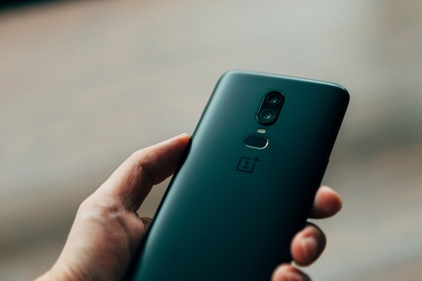 What is the use of 20 MP secondary camera on OnePlus 6? - Quora