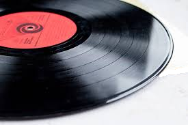 Can I skip to a specific track on a vinyl record player? - Quora