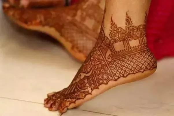 Mehndi Ankle Image : Glamorous foot mehndi design artistic aim